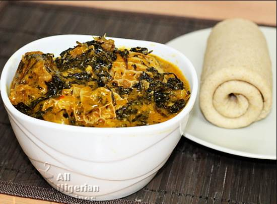 How To Cook Bitterleaf Soup [Ofe Onugbo]