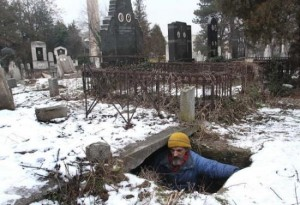 living-in-a-grave-550x376