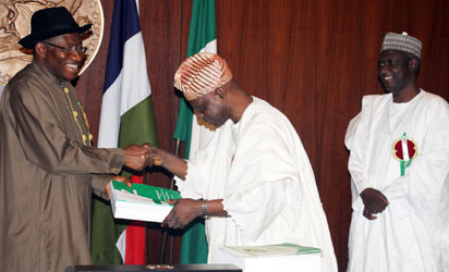DR. FEMI OKUROUNMU PRESENTING THE REPORT OF THE PRESIDENTIAL COMMITTEE ON NATIONAL DIALOGUE TO PRESIDENT GOODLUCK JONATHAN ON WEDNESDAY