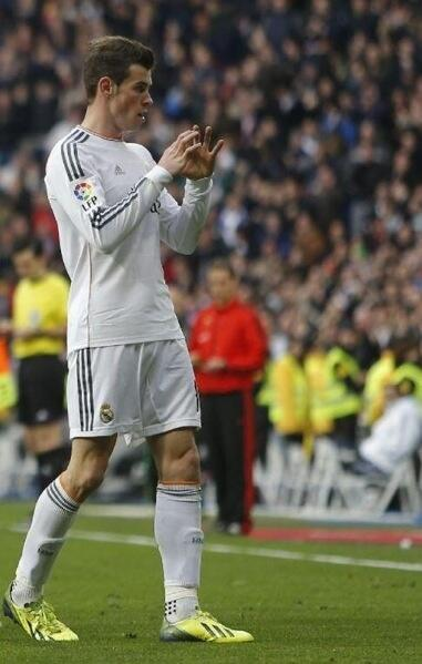 Bale Celebrates His 12th Real Madrid Goal Against Elche.