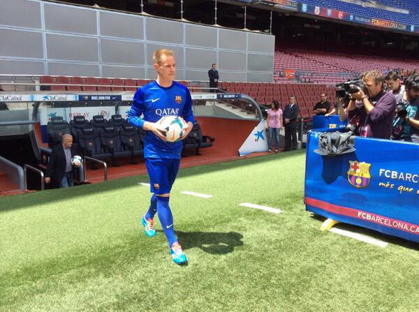 Ter Stegen Step On To the Nou Camp Pitch for the First Time on Thursday.