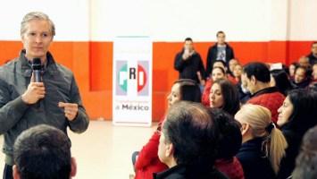Alfredo del Mazo Maza se reunió con la militancia priista