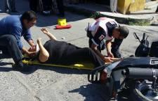 Deja dos lesionados percance vial