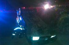 Vuelca camioneta tras aparatoso choque