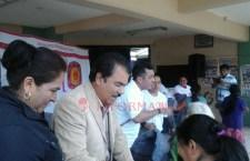 Atienden a afectados por contingencia en Juxtlahuaca