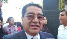 Tenemos gente trabajando, no compromisos políticos, afirma regidor de Huajuapan