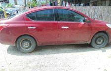 Abandonan auto robado en Silacayoápam