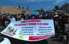 Miles de maestros marchan, llevan caso Nochixtlán a la CIDH y rompen relaciones con Roberto Campa