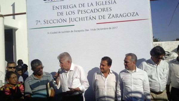 SCT inauguró reconstrucción de iglesia por 1.3 millones de pesos, cuando hay cientos de personas sin casa