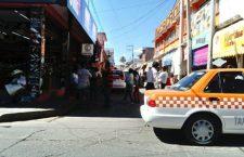 Persiste conflicto por base de taxis, autoridades aplican encuesta