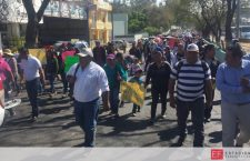 Marchan para exigir maestros porque 10 mil alumnos de primaria se encuentran sin clases