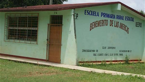 Suspenden clases en todo el estado por sismos y piden declaratoria de emergencia para 38 municipios