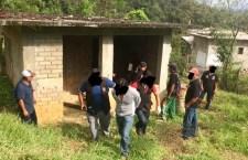 Pobladores entregan a presunto ladrón; se desplazaba en moto robada y portaba dos armas