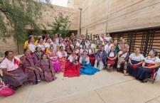 Cocineras mixtecas participarán en primer libro de recetas tradicionales del estado