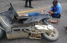 Cae de moto y convulsiona
