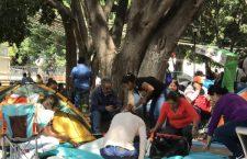 Vuelve plantón al zócalo, CNTE demanda personal