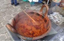 Guaximole o mole de huaje, identidad gastronómica de la Mixteca