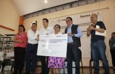 Apoyan con equipamiento a misceláneas afectadas por sismo