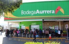 Tiendas trasnacionales acaban con pequeños comercios pero gobierno de Huajuapan las apoya