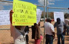 Roban paneles solares en Xochixtlapilco; se manifiestan para exigir avances en la investigación