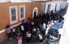Llevan ocho horas retenidos, concejales de Tezoatlán