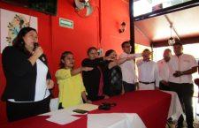 Con hechos se apoyará al sector gastronómico de Huajuapan: Juanita Cruz