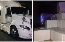 A días de la elección vecinal en Ecatepec, Edomex, la policía detiene tráiler con despensas