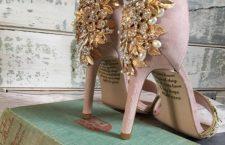 Antes de morir, su mamá le dejó un mensaje oculto en los zapatos que usará el día de su boda | Informativo 6y7