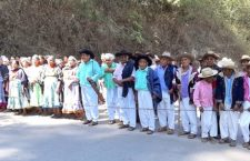Chatinos reactivan bloqueo por incumplimiento de Santa Catarina #Juquila