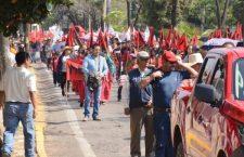 Con marchas y bloqueos conmemora el magisterio a #EmilianoZapata y exige la abrogación de #ReformaEducativa