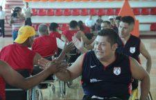 Deportistas en silla de ruedas motivan y concientizan a huajuapenses