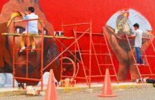 Artistas urbanos realizan mural cultural e histórico de Huajuapan