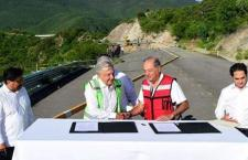 Empresas de Slim terminarán carretera Mitla-Tehuantepec   Informativo 6 y 7
