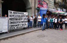 Ex trabajadores de Prospera piden ser contratados en nuevo programa