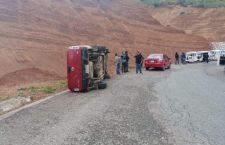 Daños y un asegurado deja volcadura en Nochixtlán | Informativo 6 y 7