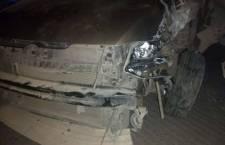 Conductor impacta su vehículo contra poste; es asegurado al intentar huir   Informativo 6 y 7
