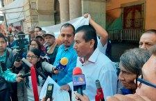 Piden justicia por homicidio de mujer y sus 2 hijas en Ixtayutla
