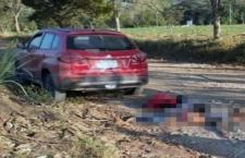 "Pese a ""blindaje"" gubernamental localizan ejecutadas a tres personas en Soyaltepec"