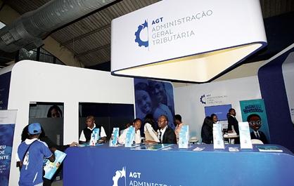 Inspecção à AGT detetou pagamentos milionários no exterior em contas privadas