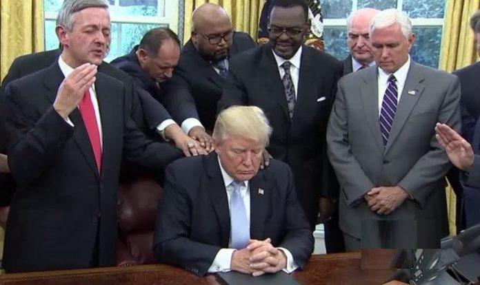 Trump decreta dia nacional de oração