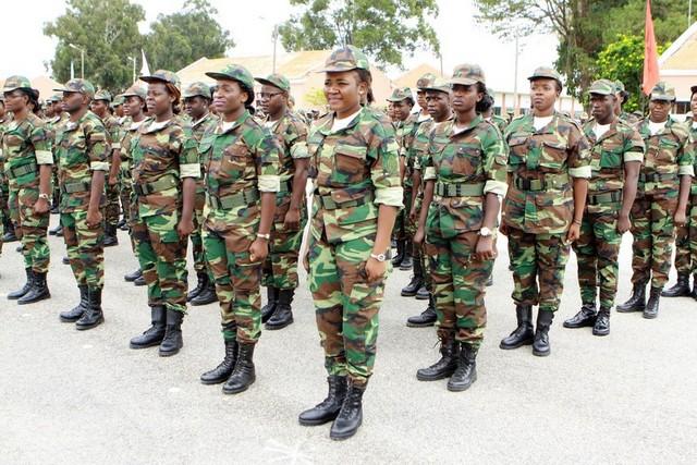 Militares já com salários reajustados