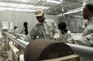 Mais de 3 mil trabalhadores da ZEE à beira do desemprego