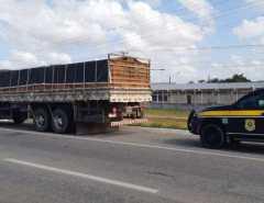 Macaíba: PRF faz operação para coibir o excesso de peso nos transportes de cargas