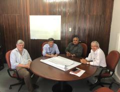 Prefeito Dr. Fernando vai ao DNIT acompanhado pelo presidente da Câmara Municipal para tratar da iluminação da BR-304 e outras obras