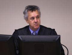 Relator no TRF4 condena Lula a 17 anos de prisão em caso do sítio