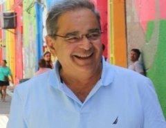 Favorito: Álvaro Dias lidera pesquisa Consult