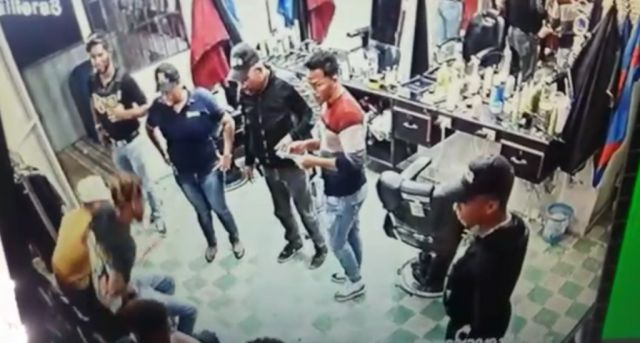 DNCD comprueba sus agentes actuaron mal en barbería Villa Vásquez y los expulsa –