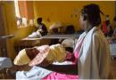 El país se gasta una millonada subsidiando partos de haitianas