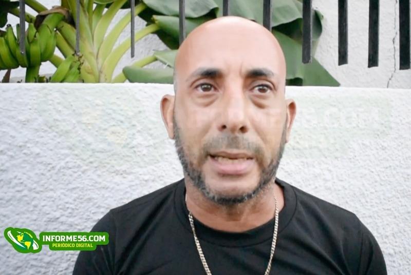 """Video: """"Me atracaron, me quitaron el motor y me tan' pidiendo RD$15,000 pesos"""" –"""