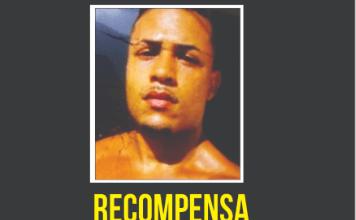 Foto de Johny Bravo da Rocinha (CV)  atua como narcomilícia, abriga estupradores e tem até lançador de mísseis, apontam denúncias